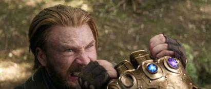 avengers-infinity-wars-trailer-06-ht-jef-180316_hpEmbed_26x11_992 - Copy