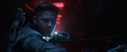 avengers-endgame-trailer-hawkeye-bow-redhall-700x289